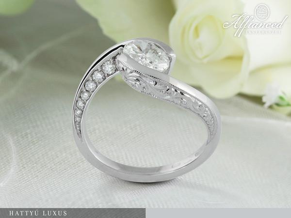 Hattyú Luxus - eljegyzési gyűrű