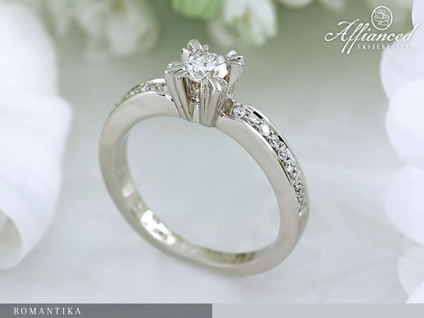 Romantika - eljegyzési gyűrű