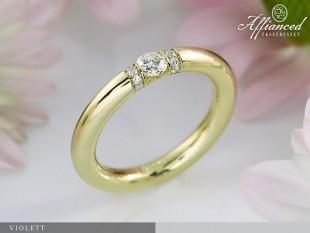 Violett - eljegyzési gyűrű