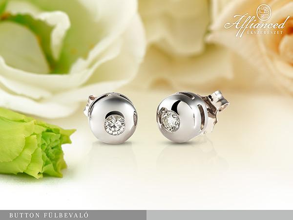 Button - gyémánt fülbevaló