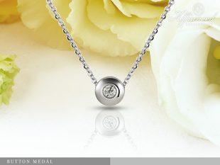 Button - gyémánt medál arany lánccal