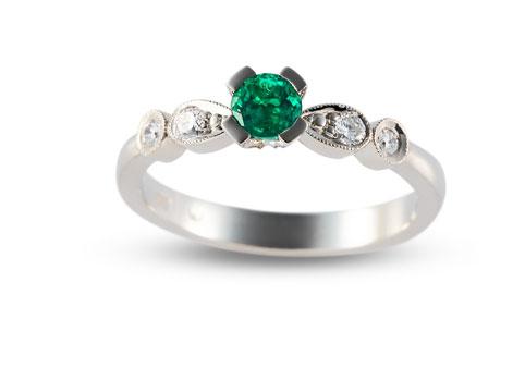 Desirée smaragd eljegyzési gyűrű